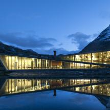 Trollstigen.2012.32
